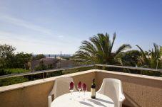 Villa en Cala Blanca - Villa Adosada con piscina privada a dos...