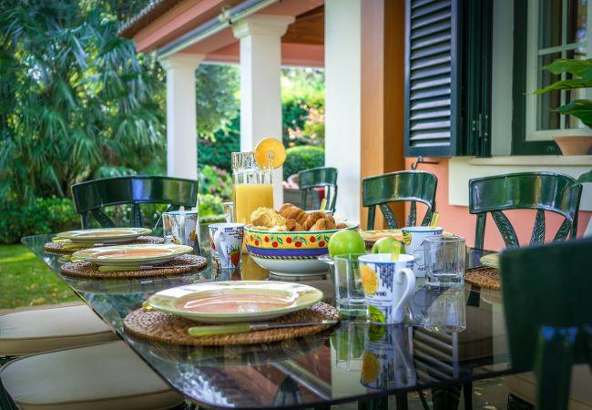 Villa en Sesimbra - Villa privada en el Condominio Quinta do Peru Golf con piscina y capacidad para 10pax