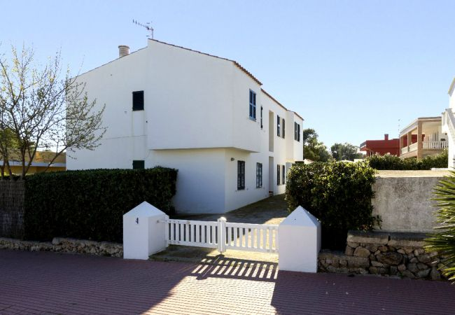 Apartamento em Cala Blanca - Apartamento en Planta Baja al Lado de la playa de arena de Cala Blanca