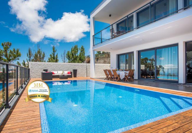 Villa em Prazeres - Villa Enjoy
