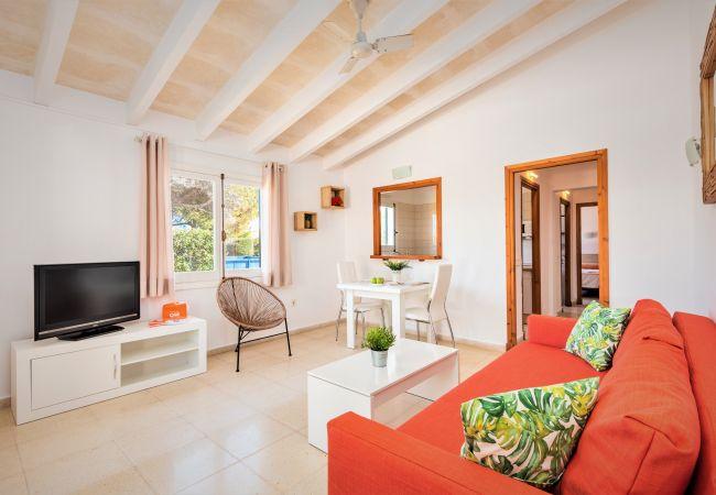 Apartamento em Cala´n Blanes - Apartamento con bajada directa al mar, piscina comunitaria, wifi, mobiliario completamente nuevo
