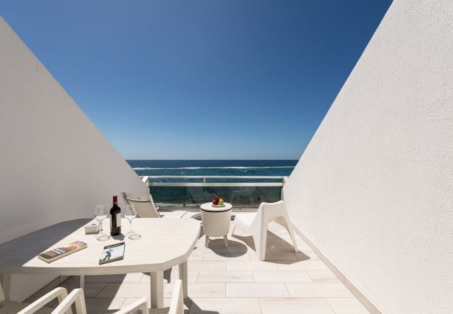 Апартаменты на Las Palmas de Gran Canaria - Cómodo estudio encima del mar by CanariasGetaway