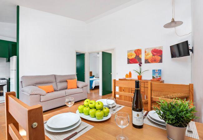 Appartement à Cala Blanca - Appartement avec climatisation à 20m de la plage de Cala Blanca, avec piscine et wifi!