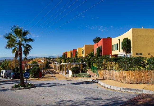Maison mitoyenne à Benalmadena - Reserva del Higueron - Exclusive Townhouse, private garden, sea view