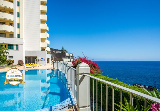 Apartment in Funchal - The Cliff Side Apartment