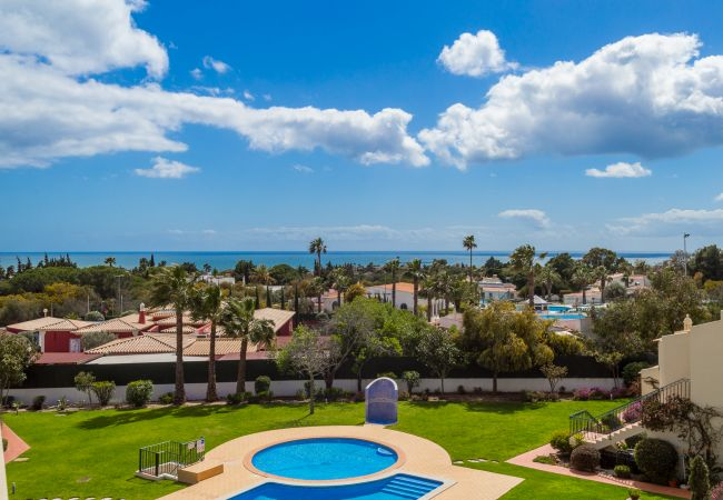 Apartment in Carvoeiro - Tennis Park | professionally cleaned | 2-bedroom apartment | gated complex | communal pool | close to Carvoeiro