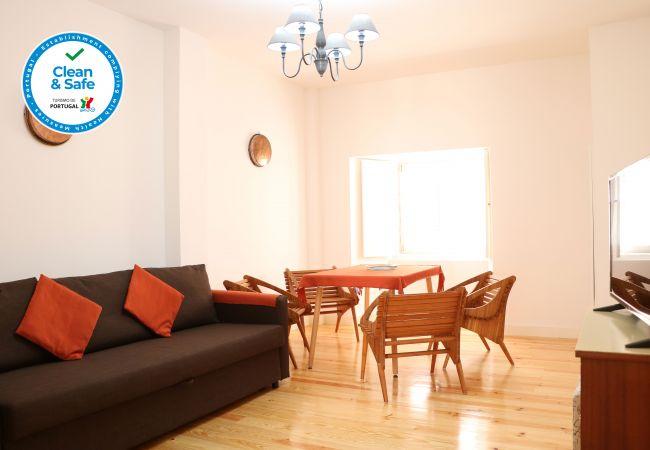 Apartment in Lisboa - Kalathos 2 with terrace