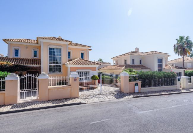 Villa in Quinta do Lago - Casa Lago - Varandas do Lago