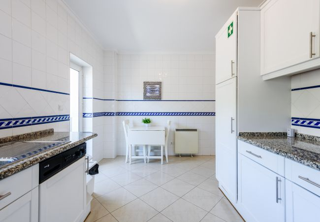 Apartment in Albufeira - Amazing Apartment in Albufeira