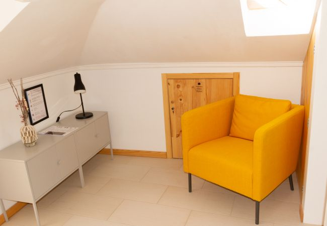 Apartment in Seixal - Loft with terrace and river view in Seixal. Air conditioning. Ideal for 2pax.